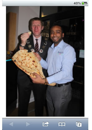 mayor_visits_bangla_lounge